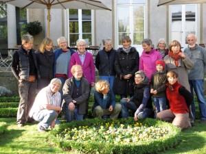 Die ehrenamtlichen Gärtnerinnen der Liebermann-Villa mit Gärtnermeisterin Kirsten Plathof