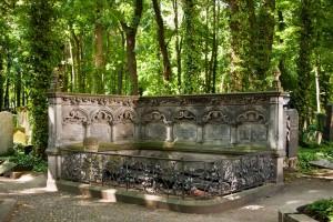 Die Liebermann-Grabstätte auf dem Friedhof Schönhauer Allee, (c) MLG, Foto: Christoph Adam