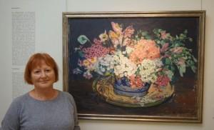 """Sophie-Dorothee Veltrup neben Julie Woflthorns """"Blumenstillleben"""""""